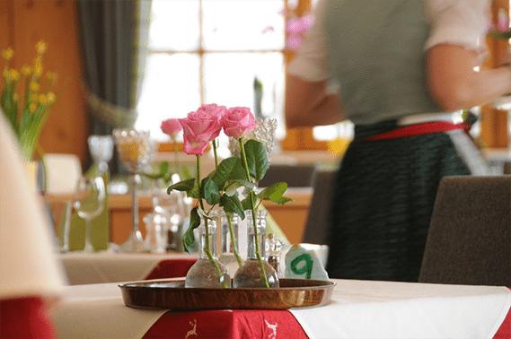 Tisch im Restaurant Dörfstöckl